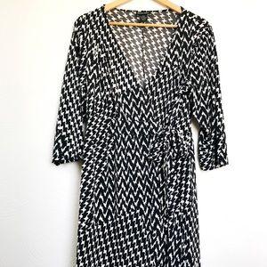 Lane Bryant Black and White wrap dress. Size 14/16